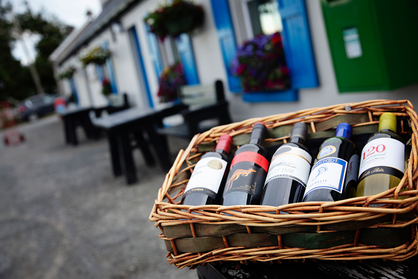 Callaghans-Churchill-Donegal-The-Off-Licence