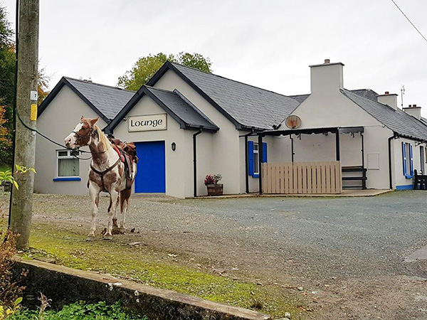 callaghans-bar-and-off-licence-church-hill-free-parking